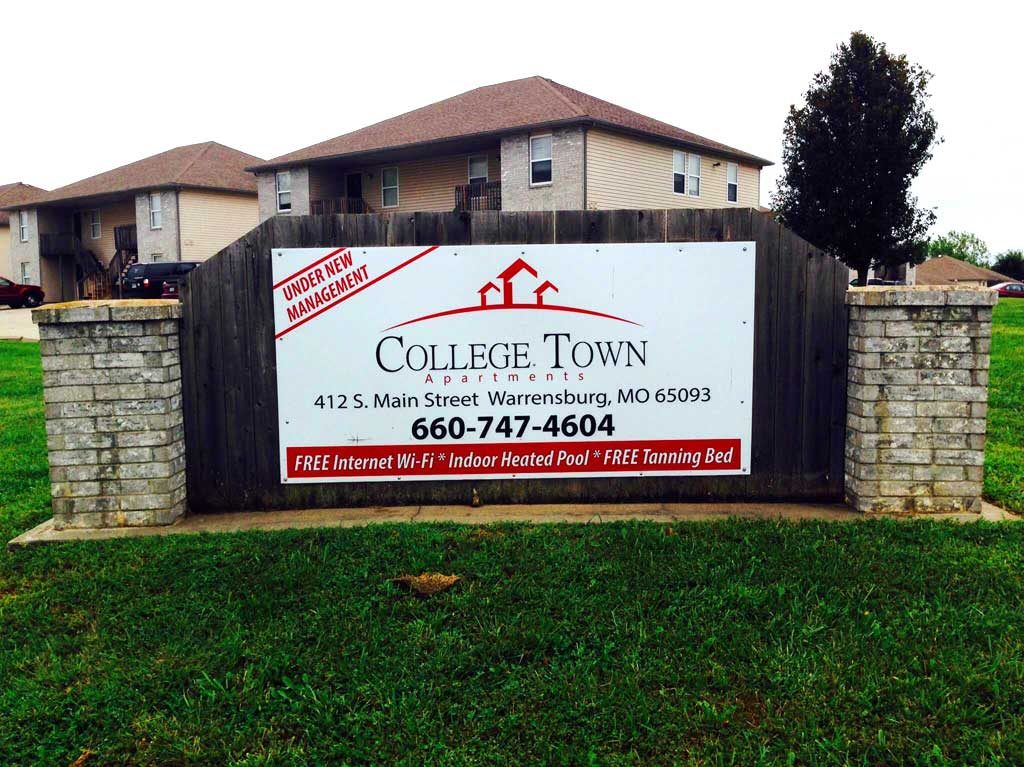 College Town Apartments